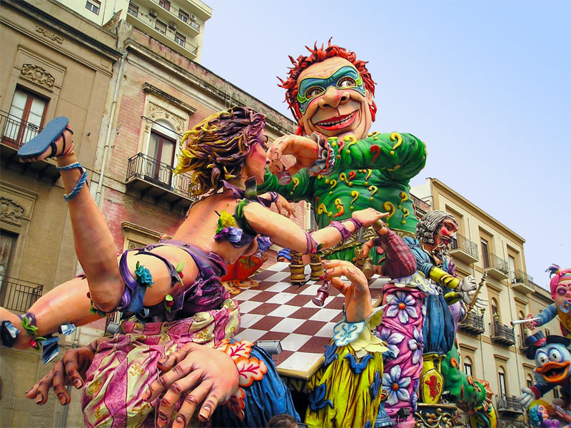 celebration of a carnival The celebration peaks during the big parade, which happens on the last sunday of the carnival after the parade, the tradition implies the burning of the tzar, the equivalent of the carnival king, which is burnt at the entrance of the old town.